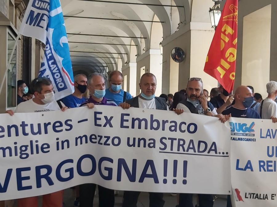 Ex Embraco, c'è il piano industriale e lo Stato partecipa al 70%