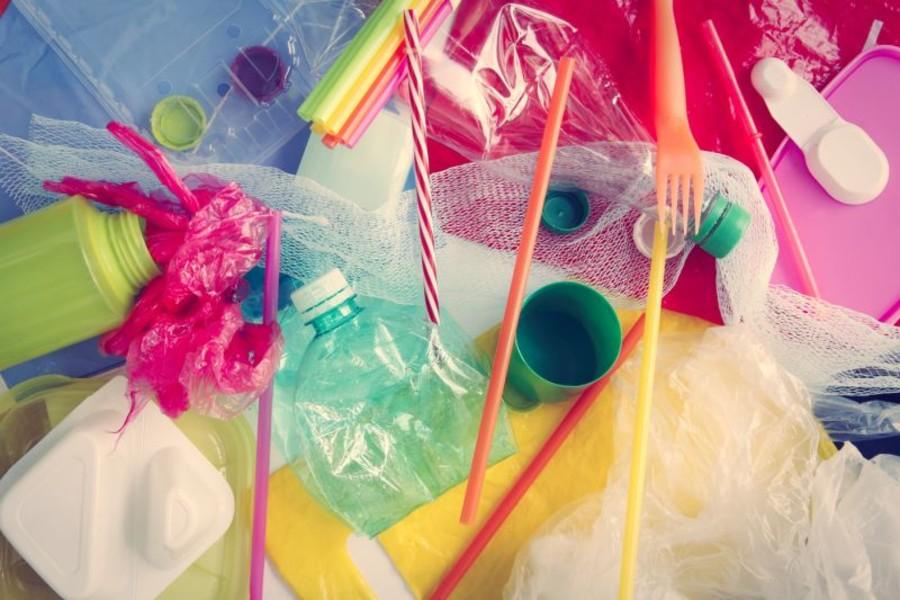 Plastic tax: la tassa contro la gente che lavora. Di Giuseppe Chiaradia*