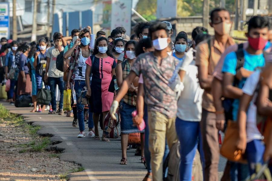 Covid-19, Speranza firma nuova ordinanza: prorogate le misure di contenimento per i Paesi europei, esteso allo Sri Lanka il divieto di ingresso