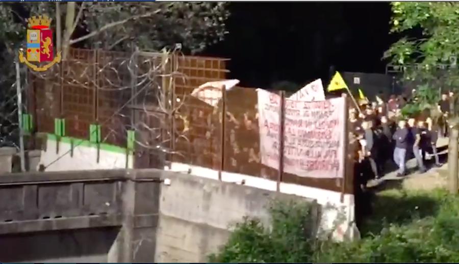 28 fogli di via ad attivisti No TAV, denunciati dalla Digos i leader del centro sociale Askatasuna