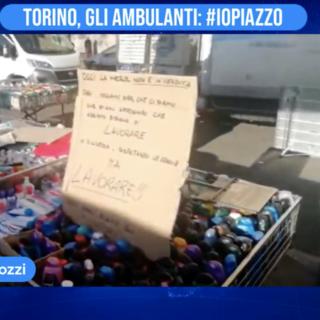 Torino, gli ambulanti: #iopiazzo