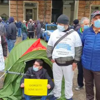 Lettere di licenziamento per i lavoratori ex Embraco, manifestazione anche all'Acc di Mel: la soluzione è realizzare Italcomp
