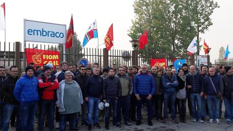 """Fallisce la Ventures Production ex Embraco, 400 famiglie coinvolte. I sindacati: """"Subito gli ammortizzatori sociali"""""""