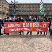"""Ex Embraco, 9 giorni per sospendere il licenziamento collettivo, Cirio: """"Faremo di tutto per proteggere i lavoratori"""". Giorgetti: """"Metodo Corneliani"""""""