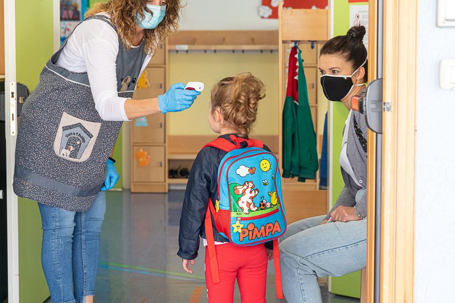 """Scontro fra Cirio e l'Ufficio Scolastico Regionale: """"Misuriamo la febbre a scuola"""""""
