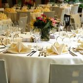 Festeggiano la comunione al ristorante, carabinieri avviano procedure amministrative per sanzionare proprietario e avventori